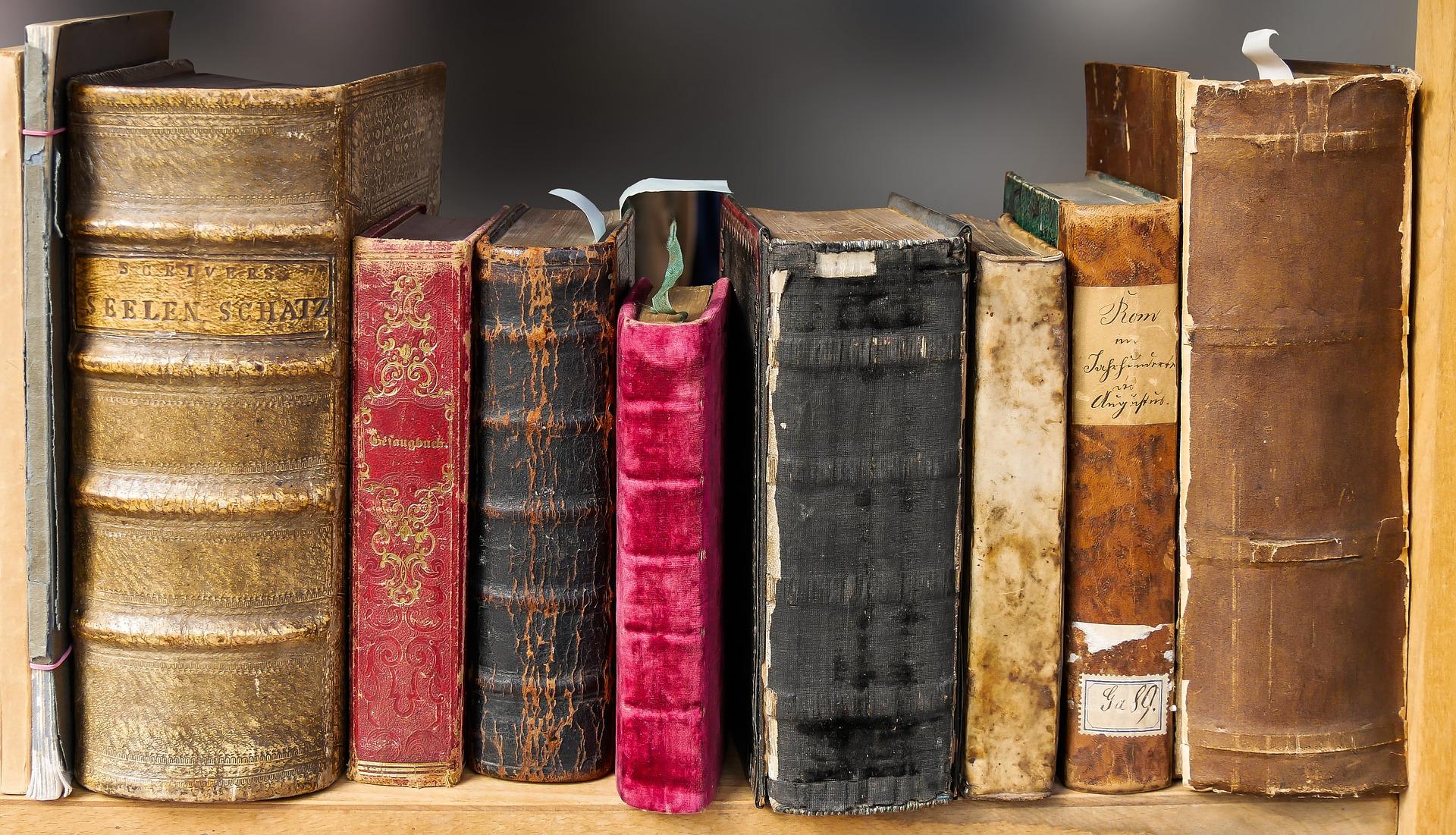 book-1659717_1920